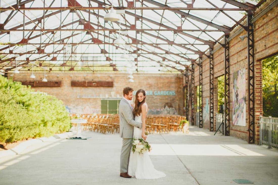 Evergreen brickworks creative wedding photos photographer